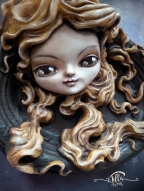 """""""VENUS"""" cold porcelain and acrylic colors on ceramic frame, 8,6"""" in height, 6,7"""" in width and 3"""" in depth"""